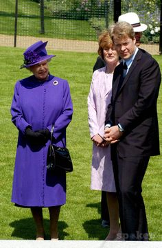 Queen Elizabeth Ii and Earl Charles Spencer Opening of a Memorial Fountain Dedicated to Princess Diana at Hyde Park in London 7/6/2004