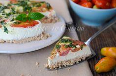 Cheesecake salata senza cottura, ricetta veloce, piatto unico, torta fredda salata, idea per cena, pranzo veloce, ricetta estiva, formaggio spalmabile senza lattosio