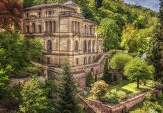 Villa Lobstein - Next to the Heidelberg Castle you find this new-renaissance house that is called Villa Lobstein. The house is used for room rentals to students, and amongst the previous residents there have been famous musicians such as Richard Strauss, Max Reger, Wilhelm Furtwängler and Albert Schweitzer.