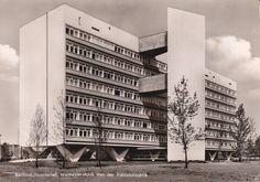 Oscar Niemeyer | Interbau Apartment House-Hansaviertel | Berlin, Germany | 1957