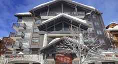 Hotel Avenue Lodge Val d'Isère Hotel Avenue Lodge is located in the heart of the famous Val d'Isere ski resort, just 250 metres from the ski lift. It features a spa centre with a hammam, sauna and indoor pool.