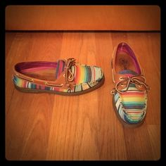 Sperry Serape Print Top Siders Adorable authentic Sperrys in a serape print.  Only worn once, these shoes aren't even broken in yet! Sperry Top-Sider Shoes Flats & Loafers