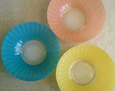 1970! lot of 3 small bowls glass colored Duralex / vintage English colored bowl / flower.