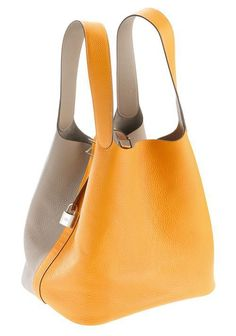 Hermes Yellow Leather Sac - by Cris Figueired♥ Hermes Bags, Hermes Handbags, Purses And Handbags, Designer Handbags, Ladies Handbags, Designer Shoes, Beautiful Handbags, Beautiful Bags, Yellow Leather