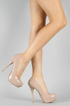I need a pair of nude pumps - Bought these nude heels last night - Can't wait to wear them for Valentine's Day. Nude High Heels, Hot High Heels, Platform High Heels, Pumps Heels, Stiletto Heels, Nude Pumps, Pretty Shoes, Beautiful Shoes, Mode Shoes