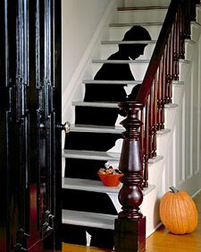 This Martha Stewart project makes me wish I had stairs in my apartment.