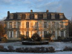 17th and 18th Century chateau located in the heart of Lower Normandy, in the Orne Region.