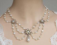 Bride Necklace Emerald Green Stone Vintage Bridal by mylittlebride