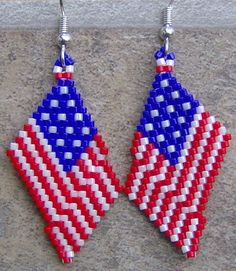 These pretty USA Flag earrings are done in the brick stitch with size 11 delica seed beads. The colors that I have used is candy apple red, pearl white, Beaded Earrings Patterns, Seed Bead Patterns, Jewelry Patterns, Beading Patterns, Seed Bead Jewelry, Seed Bead Earrings, Seed Beads, Beaded Jewelry, Beaded Crafts