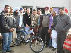 Gave a racing cycle to Hakam Singh's son, Sandeep of Ghanouri Kalan village, Dhuri. I believe in encouraging sports among the youth. Read more: http://www.arvindkhanna.com/rural-development-in-punjab.html