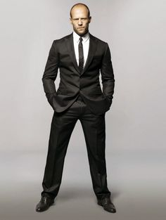 jason-statham-black-suit.jpg (580×771)