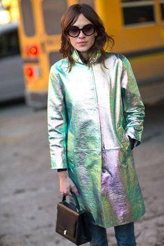 iridescent coat + structured (vintage?) bag + round sunglasses