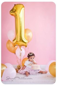 40 1 Gold Balloon- Giant Gold 1 Balloon- Gold Number One Balloon- Giant Number 1 Balloon- First Birthday Balloon First Birthday Balloons, 1st Birthday Photoshoot, Baby Girl 1st Birthday, First Birthday Parties, First Birthdays, Cake Birthday, 1 Year Birthday, Birthday Ideas, Diy 1st Birthday Decorations