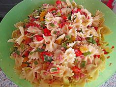Schmetterlings - Salat mit Paprika