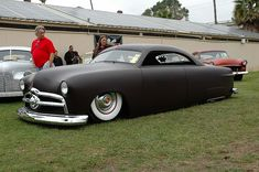 CHOPPED '49 SHOEBOX FORD