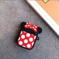Cute Cartoon Wireless Earphone Case For Apple AirPods 2 Silicone Charging Cartoon Disney, Cute Cartoon, Iphone 7, Iphone Cases, Ipod, Mickey Mouse, Apple Airpods 2, Accessoires Iphone, Mould Design