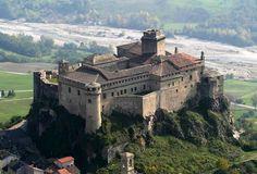 Dal Castello di Rivalta alla Fortezza di Bardi, dal Castello di Grazzano Visconti alla Rocca Viscontea di Castell'Arquato, tra Parma e Piacenza