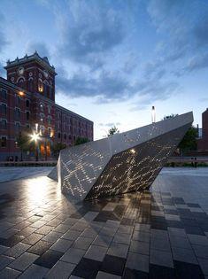 Joseph Venne Public Plaza. Photo credit: Steve Montpetit, NIPPAYSAGE