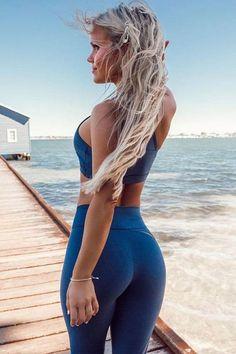 Athletic Women, Athletic Wear, Sports Crop Tops, Crop Top And Leggings, Yoga Pants Girls, Sport Fitness, Summer Fitness, Health Fitness, Tie Dye Long Sleeve