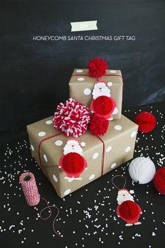 DIY Honeycomb Santa Christmas Gift Tag | like-the-cheese.com