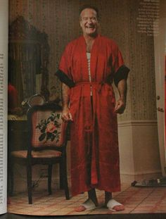 Alignment: In this photograph of this magazine we can see that Robin Williams is center alined. We also see some text on the top right corner of the picture that is aligned right.