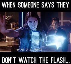 Superhero Shows, Superhero Memes, Supergirl Dc, Supergirl And Flash, Flash Funny, Flash Barry Allen, Flash Wallpaper, The Flash Grant Gustin, Snowbarry