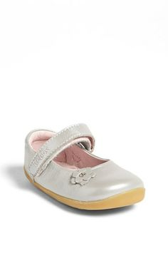 Stride Rite Medallion Collection Pewter Hook /& Loop Mary Janes Toddler Size 9W