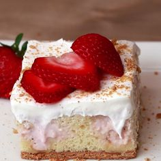 Strawberry Cheesecake Poke Cake- Can easily make a using a full cake mix and single recipe ingredients 13 Desserts, Delicious Desserts, Yummy Food, Yummy Mummy, Yummy Appetizers, Yummy Eats, Yummy Snacks, Vanilla Cake Mixes, Let Them Eat Cake