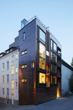 transcending use of material ::copper, pine, concrete + steel.