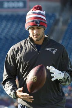 The New England Patriots take on the Miami Dolphins at Gillette Stadium on Sunday, December Patriots Fans, Patriots Football, Nfl 49ers, Football Humor, Football Shirts, Nfl Football Players, Football Season, Football Awards, Go Pats