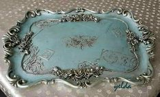 Fashion and Lifestyle Silver Platters, Silver Trays, Shabby Chic Crafts, Vintage Crafts, Muebles Shabby Chic, Silver Teapot, Iron Orchid Designs, Chalk Paint Projects, Painted Trays