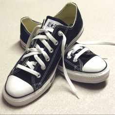 d1367c3265c Mens Converse All Star Low Top Chuck Taylor Chucks Lace Up Trainer-Navy  Size 11