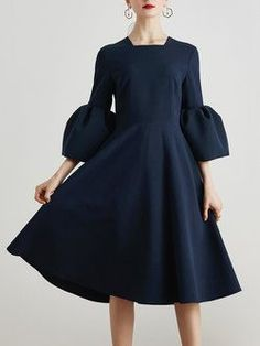 Plus Size Elegant Bell Sleeves Square-Neck Fit-and-Flare Midi Dress