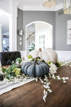 Wanna create an easy pumpkin centerpiece that requires minimal skill (you gotta be able to lift and shift a pumpkin….so stretch if you must) and is beautiful?!  I'm here.  Your personal pumpkin trainer of sorts.  Let's go.  Remember to breathe 🙂   Step 1 – Gather your centerpiece supplies I used for my centerpiece the ... Read More about Easy Pumpkin Centerpiece