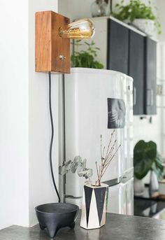 Simple and handmade wooden lamp Wooden Floor Lamps, Wooden Lamp, Wooden Flooring, Wood Images, Drilling Machine, Raw Wood, Made Of Wood, Handmade Wooden, Pendant Lighting