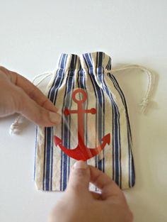 DIY Anchor Favor Bags | a Silhouette project
