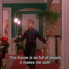 Home Alone 1990 Film Quotes, Funny Quotes, Home Alone Movie, Home Alone Quotes, Movie Lines, Caption Quotes, Mood Pics, Christmas Movies, Funny Christmas Movie Quotes