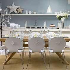 Beautiful Christmas Decorating Ideas for a Dining Table(30 Pics)