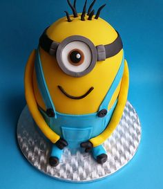 Confetti Confetti, Minions, Cakes, Fictional Characters, The Minions, Cake Makers, Kuchen, Cake, Pastries