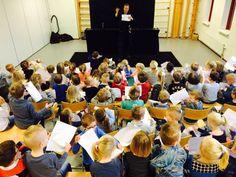 Voorstelling #Papierazzi op basisschool 't Kofschip in kader #Cultuurmenu Hoogeveen