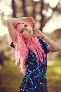 Nostril y pelo rosa.  Colección nostrils en: http://www.limonbay.com/Piercing-de-nariz