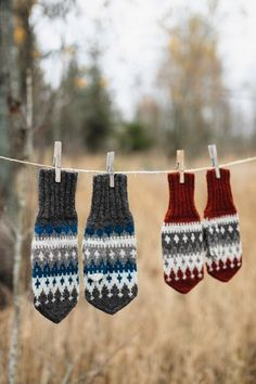 beautiful fair isle mittens, one pair in gray, one in cranberry Neon Nail Designs, Fair Isles, Purl Soho, Knit Mittens, Diy Party, Kids And Parenting, Crochet Projects, Diy And Crafts, Knitting Patterns