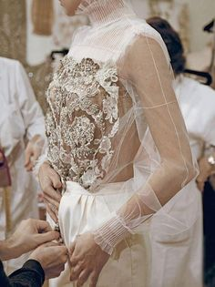 The Sun the Moon and the Stars, lavendress: Details of Valentino Haute Couture...