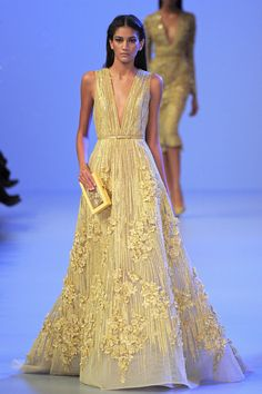 This looks like an Oscars gown to me. (Yes, another Elie Saab. Am sort of obsessed.)