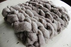 DIY 15 minute Arm Knit Infinity Scarf. www.SimplyMaggie.com