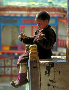 So many pictures of cute kids in Tibet!