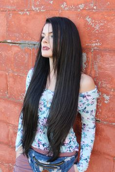 """Holly rocking our Malaysian Straight 24"""" 26"""" 28"""" 28"""" Shop online at www.celebrityhair.deals to buy your high end quality hair extensions"""