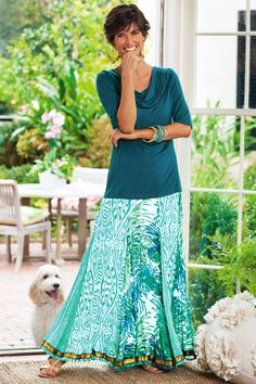 Coral Reef Skirt from Soft Surroundings. I adore the colors of this skirt. Maxi Skirt Outfits, Long Maxi Skirts, Modest Outfits, Modest Fashion, Dress Skirt, Fashion Outfits, Modest Clothing, Casual Outfits, Long Skirts For Women