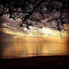 Eliza's K photos | Μια ωρα μαγική … Ήρεμη …. #sea #instagreece...