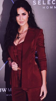 Katrina Kaif Bikini Photo, Samantha Pics, Disha Patani, Indian Beauty, Bollywood Actress, Indian Actresses, Divas, Leather Jacket, Hairstyles